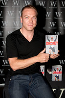 chris hoy book signing arndale manchester
